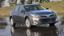 2013 Toyota Avalon Hybrid 26.6.2012