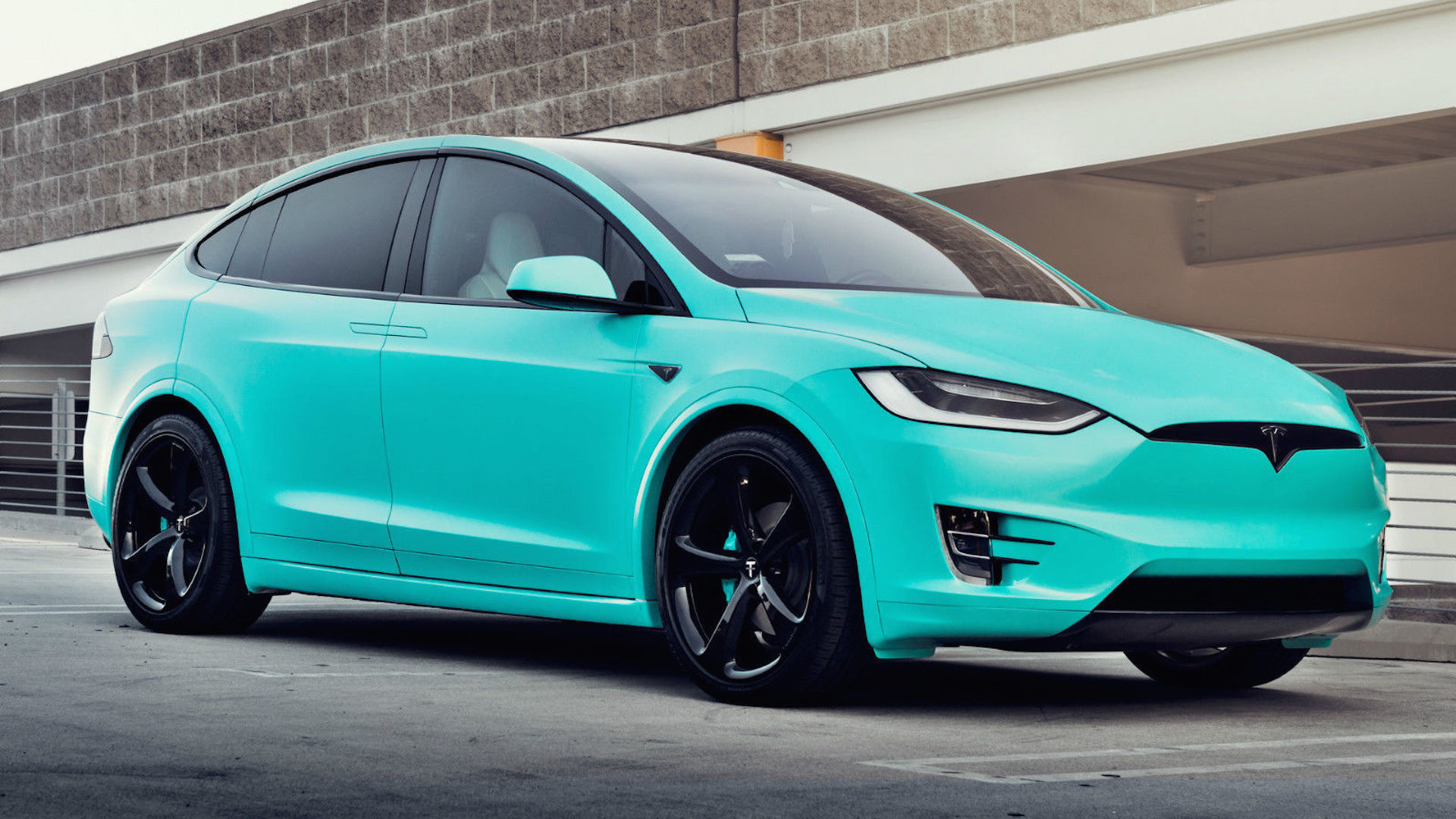 unique tiffany blue tesla model x hits ebay for 188 000. Black Bedroom Furniture Sets. Home Design Ideas