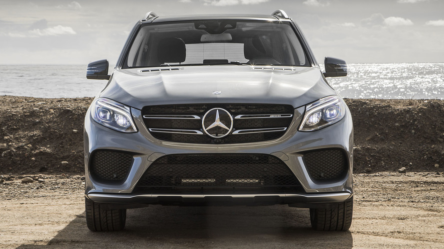 Daimler gives €5,400 bonus to some employees after profitable 2016