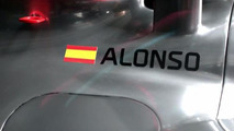 McLaren launches silver MP4-30 [video]
