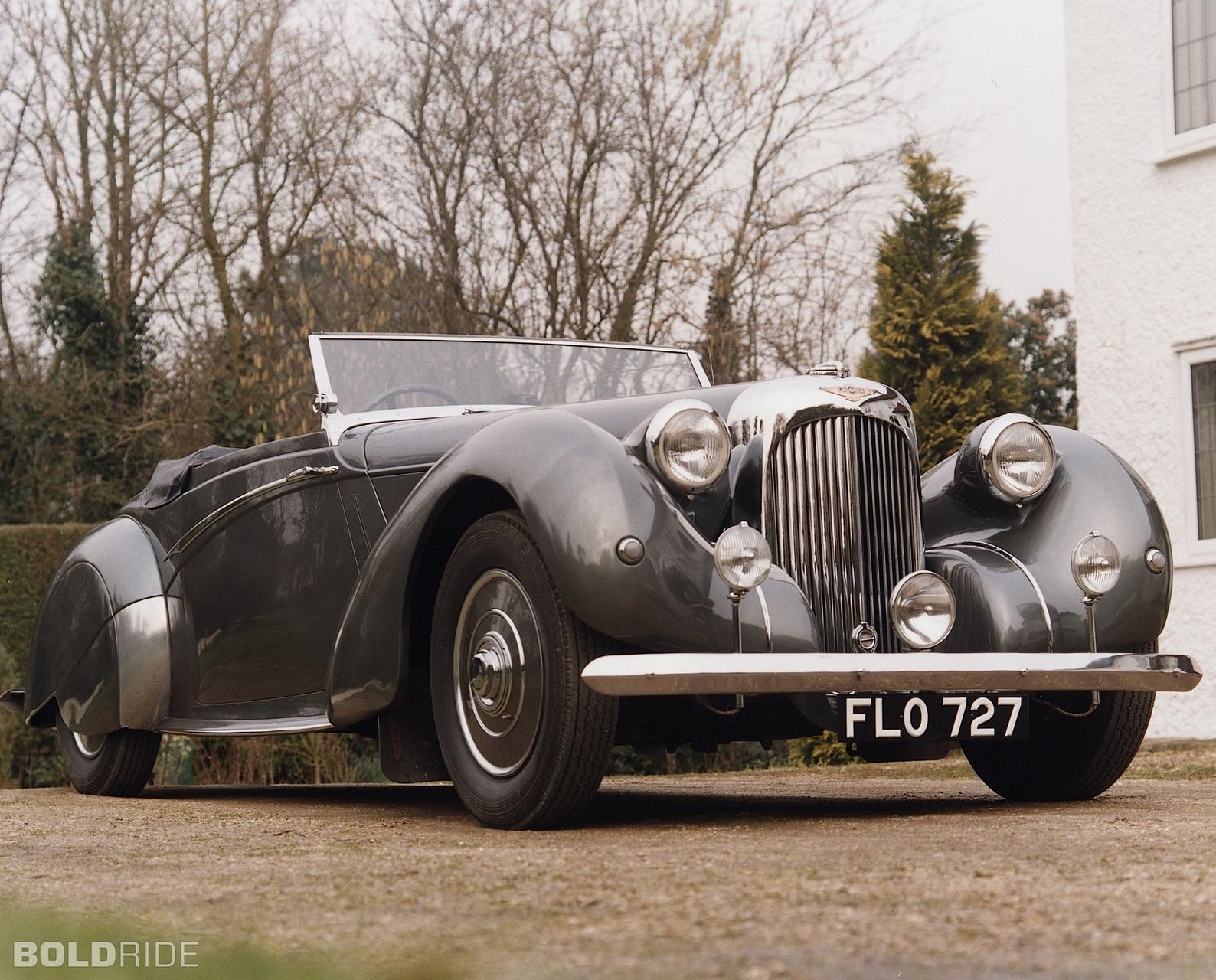 Aston Martin Lagonda V12 Rapide