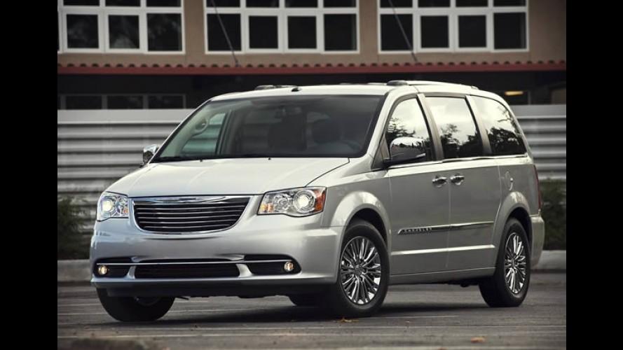 Chrysler Town & Country e Jeep Compass deverão sair de linha em 2014