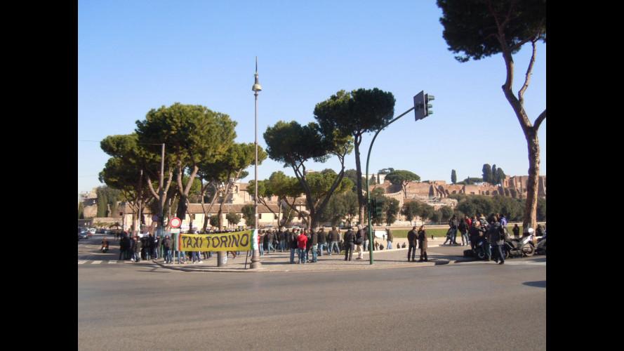 Liberalizzazioni Taxi, in 300 al Circo Massimo