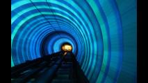 6. Bund Sightseeing Tunnel, Shanghai, Cina