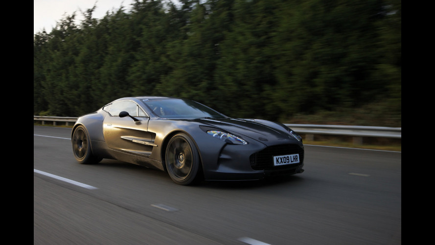 Aston Martin One-77 a 354 km/h