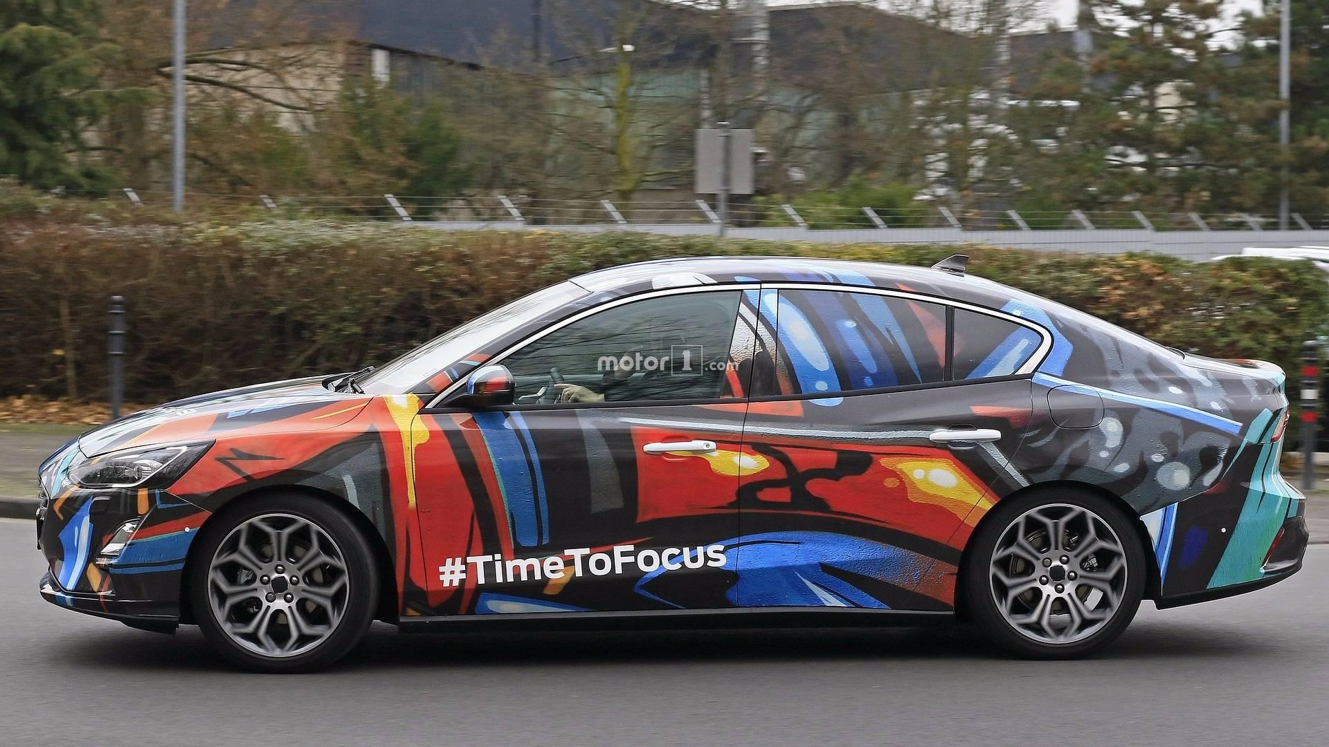 2019-ford-focus-sedan-spy-photo