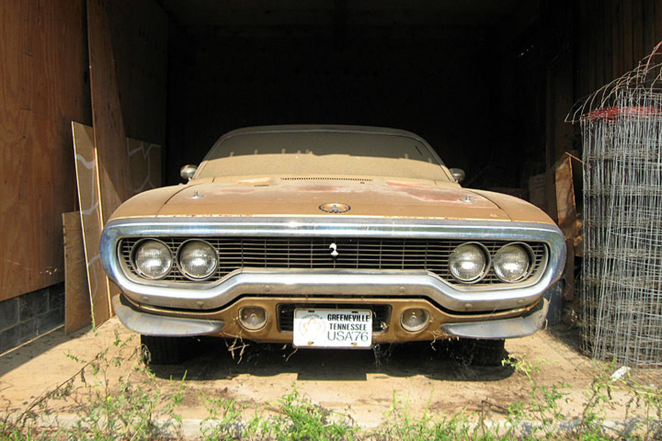 This '71 Plymouth Road Runner is a Barn Find Beauty