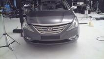 2011 Hyundai Sonata spied during photoshoot,2011 Hyundai Sonata spied during photoshoot