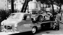 """Grand Prix of Monaco (Europe), 22 May 1955. """"The Blue Wonder"""" carrier from Mercedes-Benz with a 300 SLR (W 196 S)"""