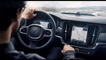 Nuova Volvo V90 Cross Country