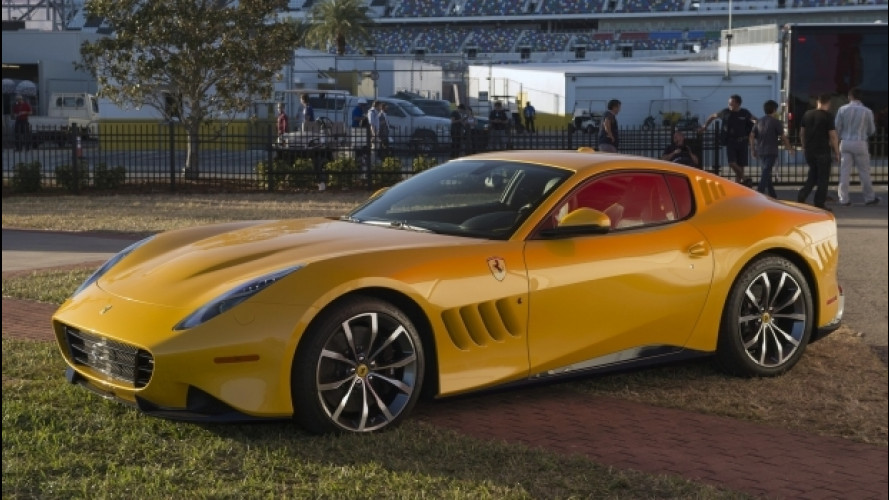 Ferrari, consegnato l'esemplare unico di SP275 RW Competizione