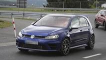 2016 Volkswagen Golf R420 spy photo