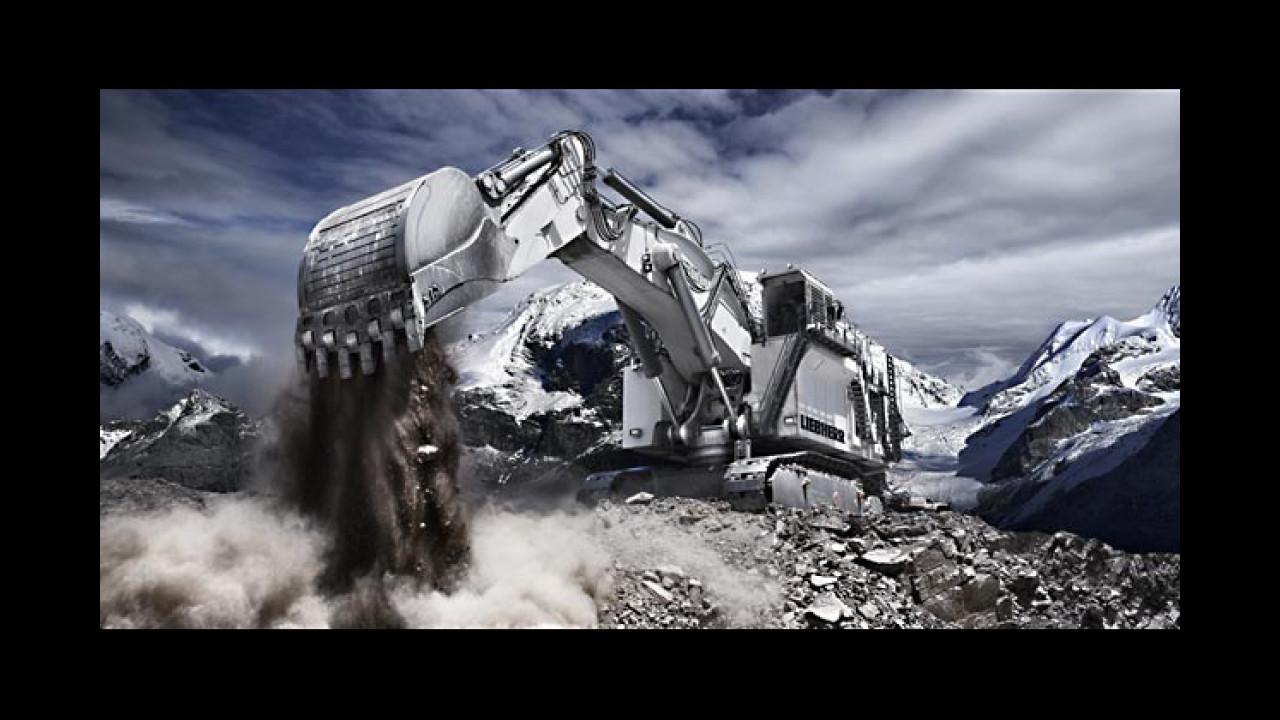 Dezember: Liebherr R 9800 Miningbagger (Burton, Australien)
