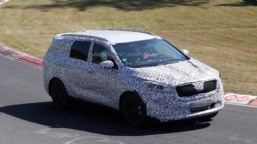 2015 Kia Borrego prototype spied in action on Nurburgring [video]
