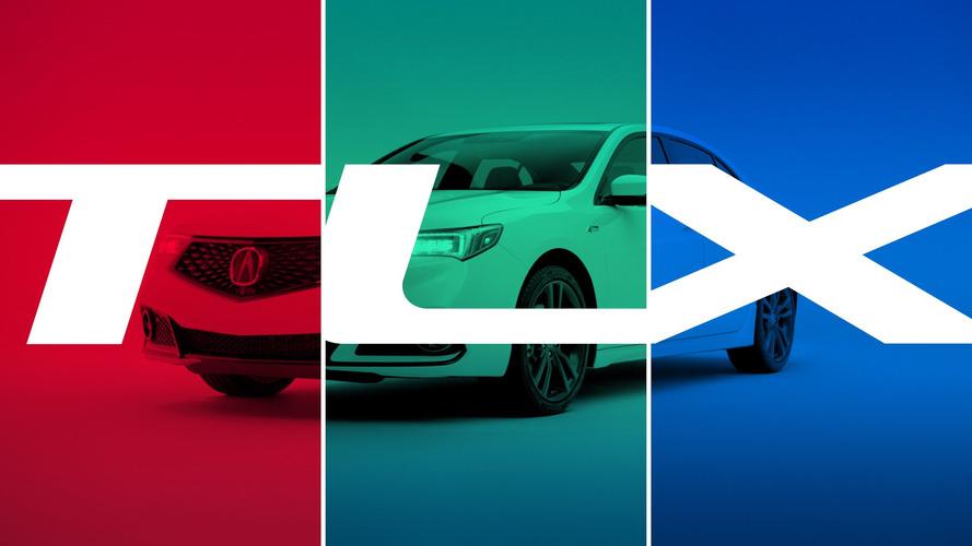 Acura, 2018 TLX ile NSX süper otomobilini karşılaştırıyor