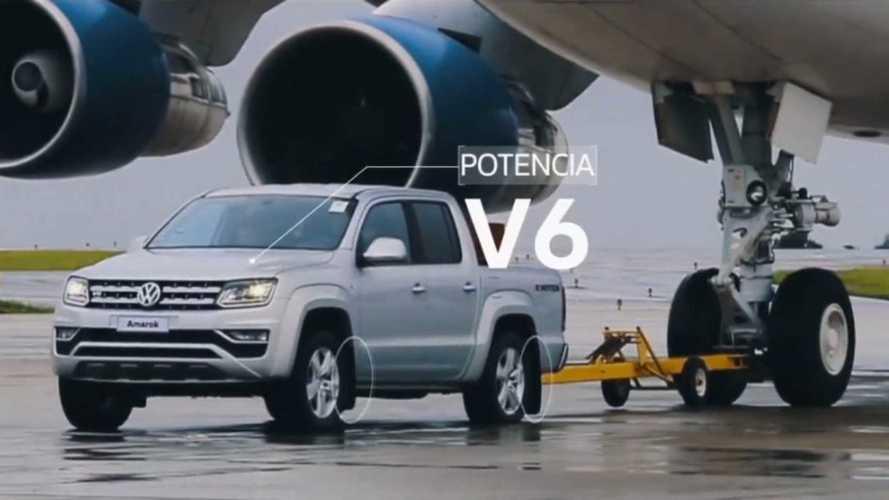 Vídeo - Volkswagen Amarok V6 reboca Boeing 747 de 180 toneladas