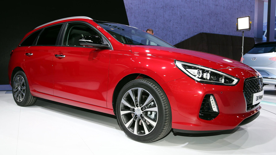 2017 Hyundai i30 Tourer proves family wagons don't have to be boring