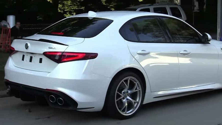 White Alfa Romeo Giulia Quadrifoglio filmed up close and personal [video]