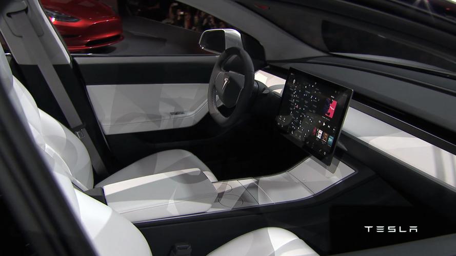 Tesla, Volvo'nun iç mekan tasarımcısını aldı