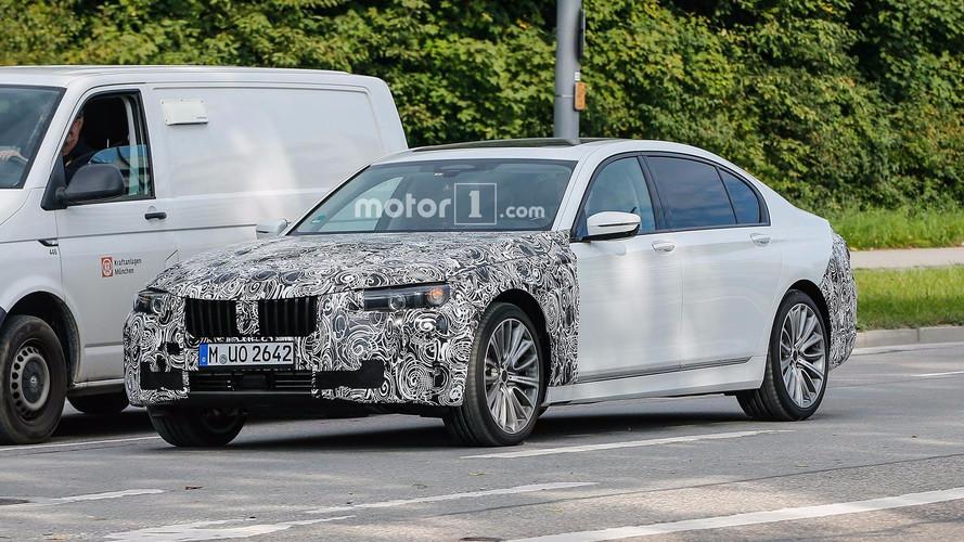 BMW, makyajlı 7 Serisi'ni test ederken yakalandı