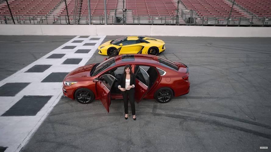 Kia, yeni Cerato ile Lamborghini Aventador'u karşılaştırdı!