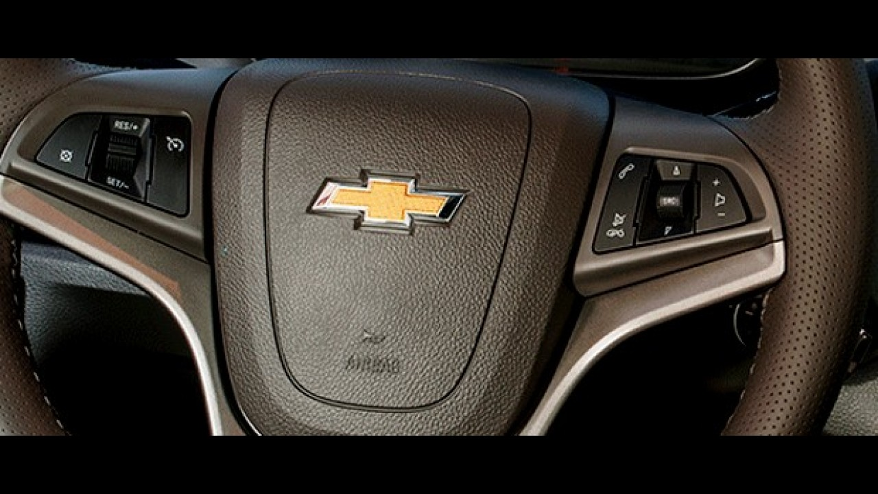 Chevrolet Onix ganha novidades na linha 2015 - preço parte de R$ 33.890