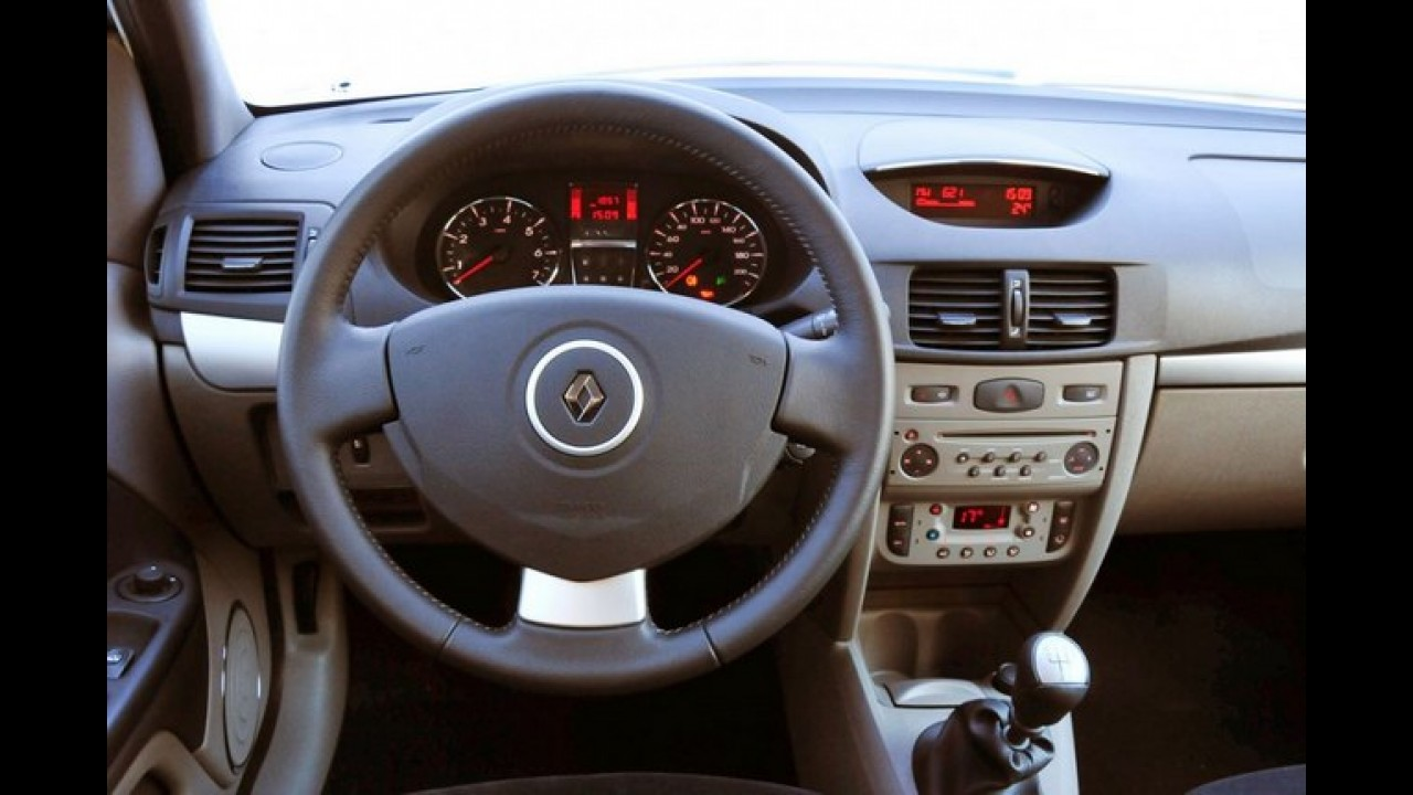 Renault Symbol 2013 chega em versão única por R$ 37.390