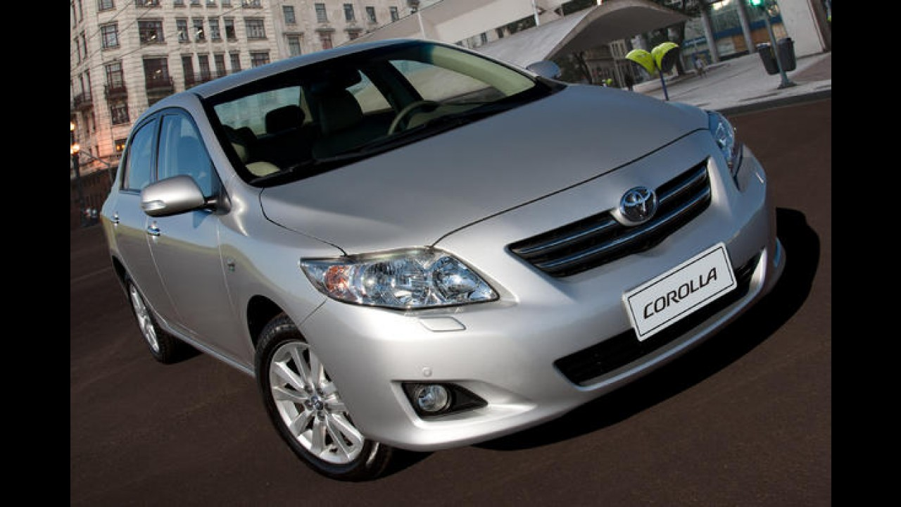 Conheça os carros mais vendidos no 1º dia útil de 2011