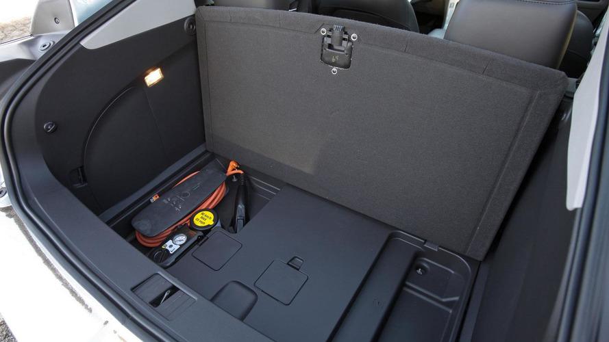 Chevrolet Volt fuel economy rating explained [video]