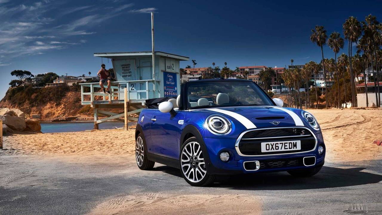 2019 mini hardtop convertible will show minor refresh in. Black Bedroom Furniture Sets. Home Design Ideas