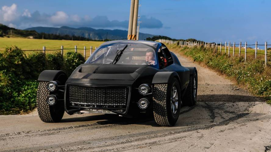 Watch Xing Mobility's 1,341-HP Off-Road Supercar Hit The Dirt