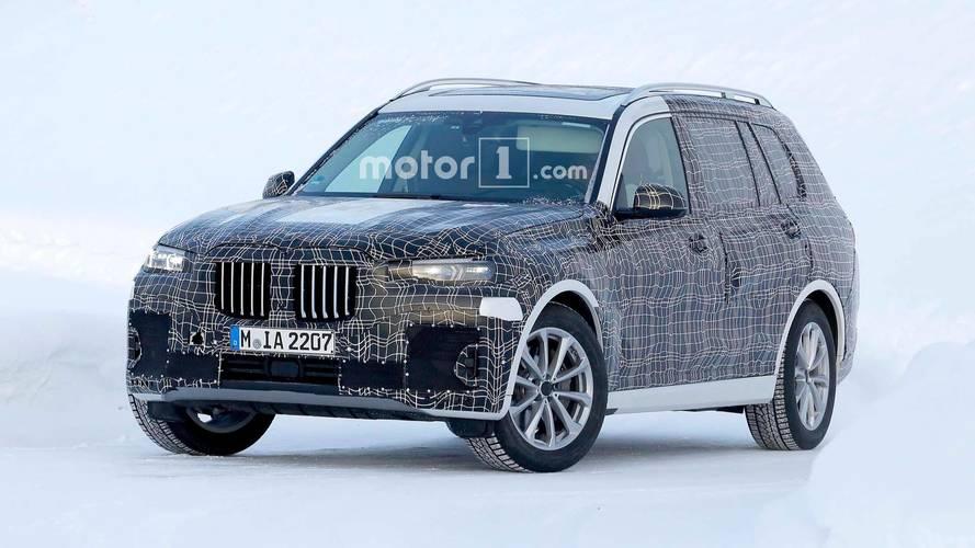 BMW X7 de soğuk hava testlerinde yakalandı