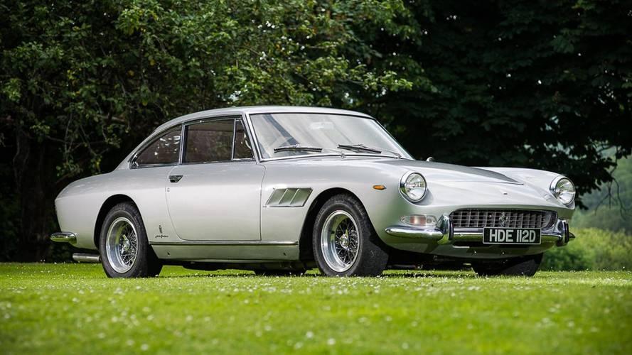 Enchères - Une Ferrari 330 GT 2+2 Series II de 1966 à vendre