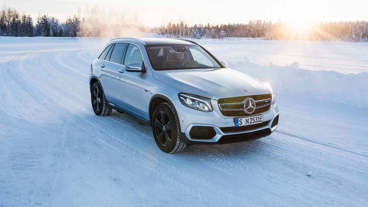 Mercedes-Benz GLC F-Cell And EQC