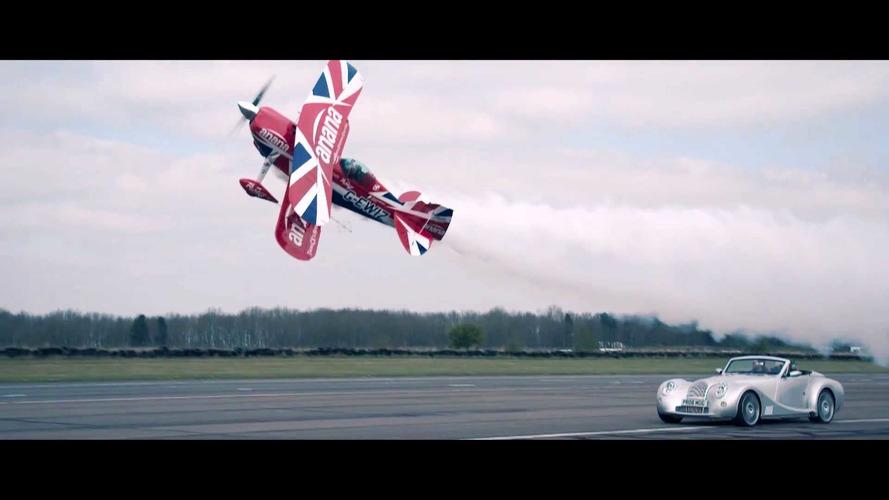 Morgan Aero 8 ile Pitts S2S'in harika şovu