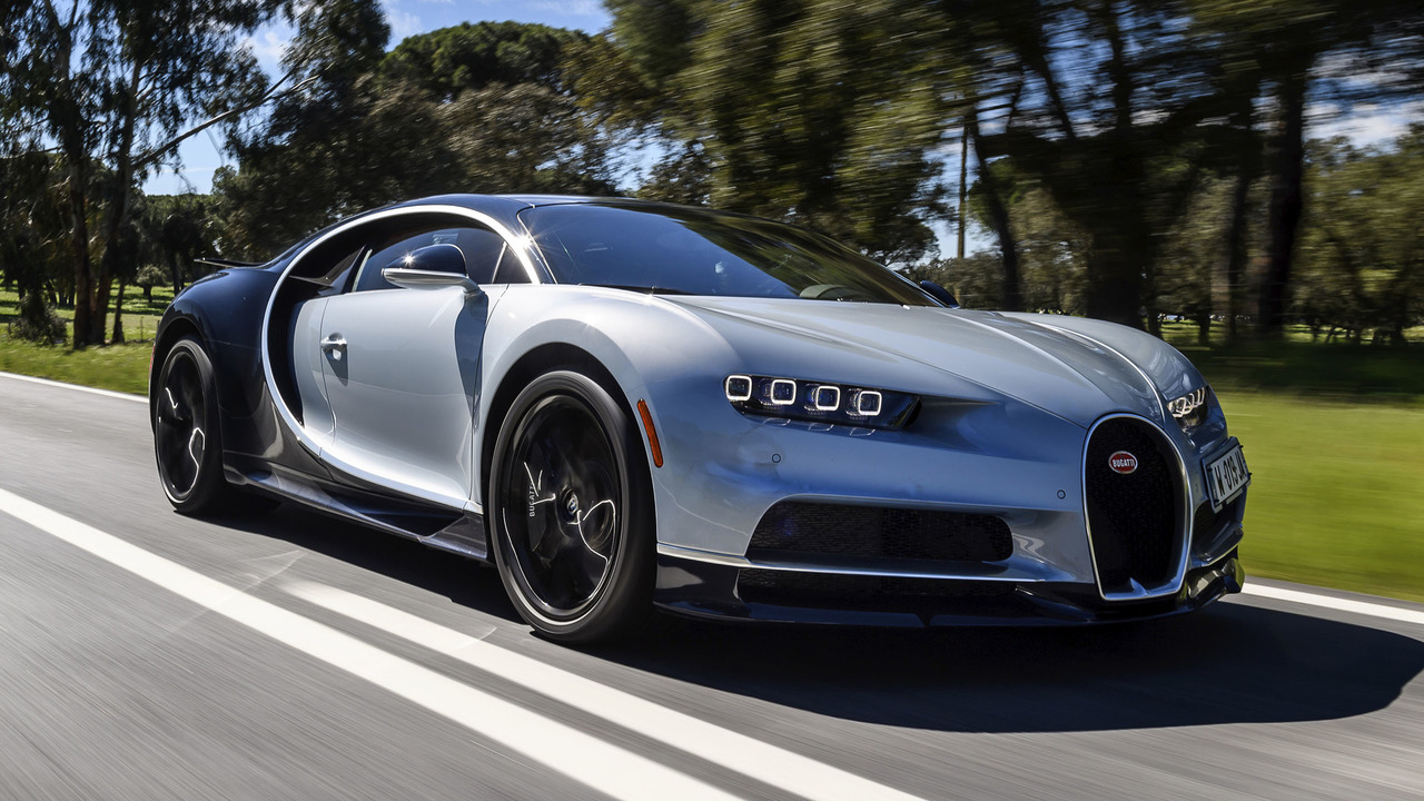 2018 bugatti chiron first drive record wrecker. Black Bedroom Furniture Sets. Home Design Ideas