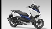 Honda apresenta novo scooter Forza 125, irmão menor do PCX