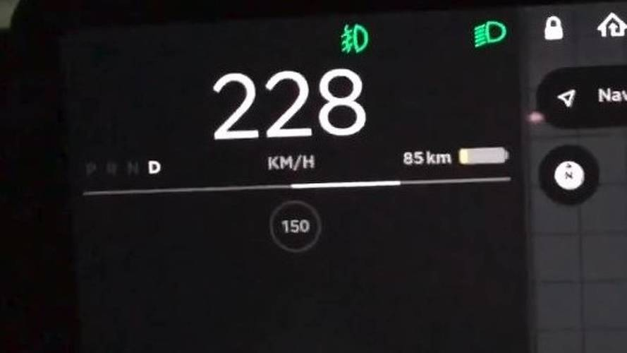 Watch Tesla Model 3 Top Speed Run On Autobahn