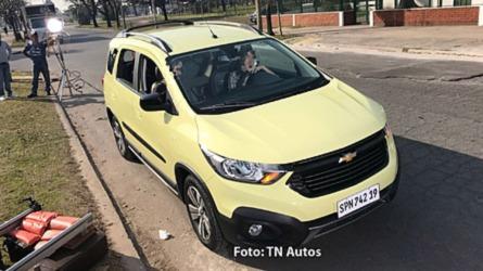 Flagra: Chevrolet Spin 2019 revela novo visual na Argentina
