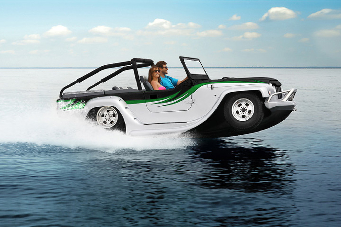 Keep Summer Rolling with the Amphibious WaterCar Panther [w/video]