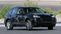 Porsche Cayenne facelift spy photo