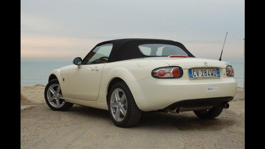 Mazda MX-5 sarà anche coupè?