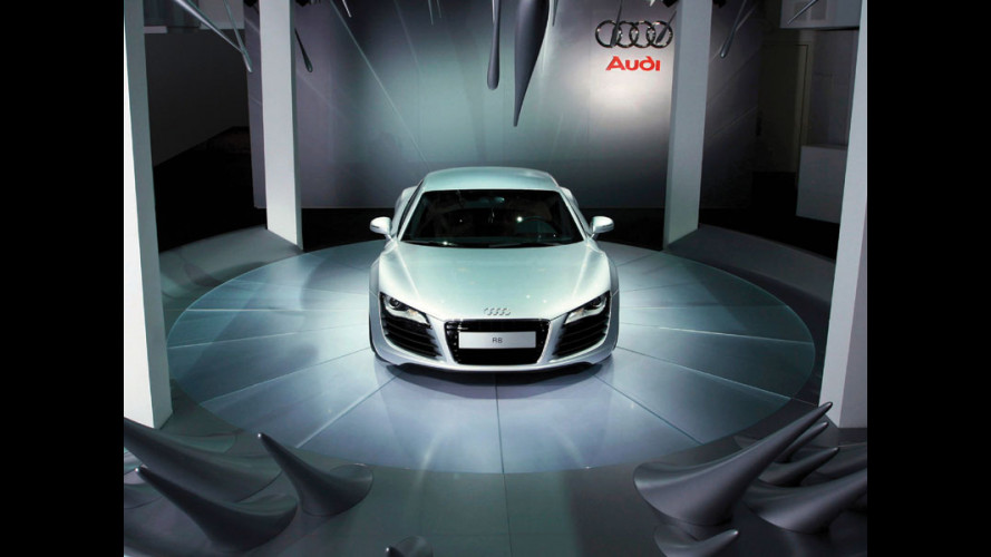 Audi R8: un tripudio di LED!