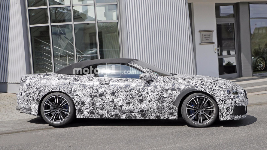 2018 BMW M8 Convertible Makes Spy Photo Debut
