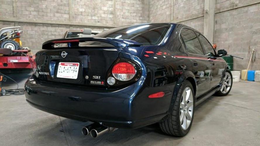 Eladóvá vált a híres, sportautó-gyilkos Nissan Maxima