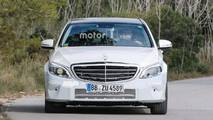Yenilenmiş Mercedes-Benz C-Serisi Casus Fotoğraflar