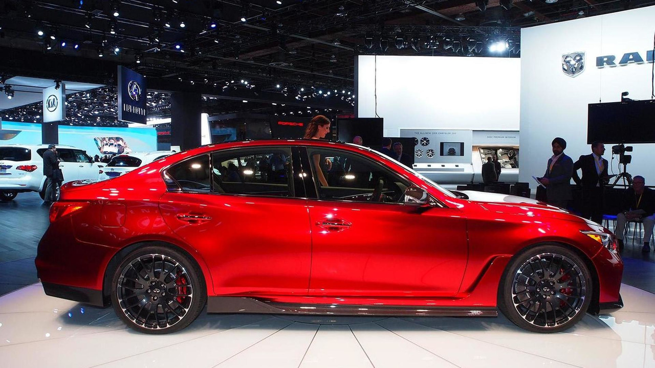 Infiniti Q50 Eau Rouge live at 2014 NAIAS