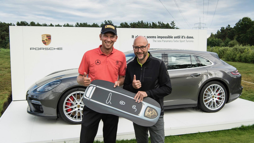 Golfer Sinks Hole-In-One to Win Porsche Panamera Sport Turismo