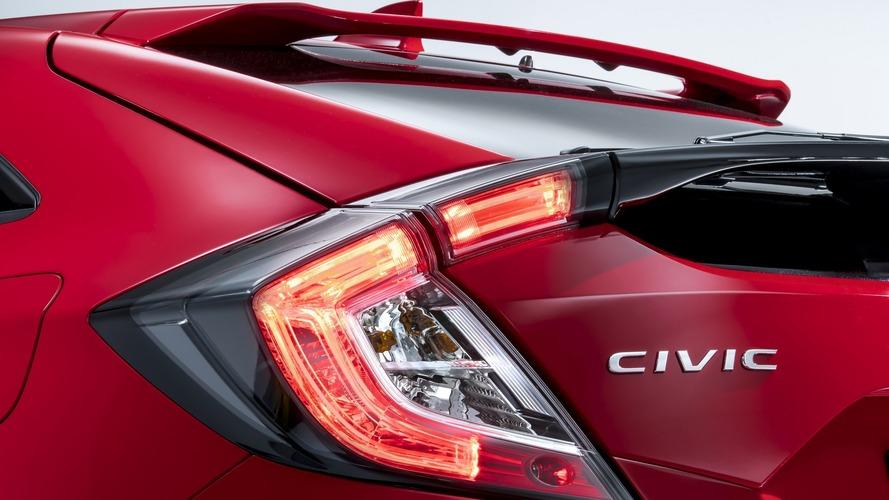 Teaser des Honda Civic Hatchback 2017 et Jazz Spotlight Edition