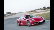 Porsche, in arrivo i quattro cilindri boxer